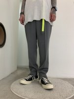 VICTIM / TAPERED EASY SLACKS / GRAY