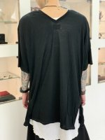 P.E.O.T.W AG / V.NECK WIDE TEE / Black