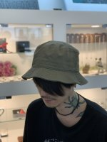 <img class='new_mark_img1' src='https://img.shop-pro.jp/img/new/icons34.gif' style='border:none;display:inline;margin:0px;padding:0px;width:auto;' />SUS / basic bucket hat / Khaki