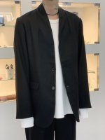 VICTIM / NO COLLAR JACKET / BLACK