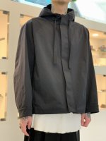 VOAAOV / SUSTAINABLE NYLON PARKA / Black