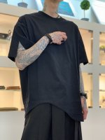 my beautiful landlet / BASIC CUT AND SEW HEM ROUND TEE / Black