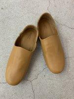 """AUTTAA / Room Shoes ii """"Smooth Kip"""" / Tan"""