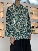 OURET / マイクロスウェード フォレストフーディポンチョシャツ / GREEN