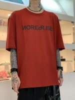 """WIZZARD / ARCHIVE GRAPHIC T-SHIRT """"NO REPRISE"""" / RED"""
