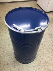 100リットルドラム缶※期間限定30缶特別価格※(全国一律料金込みでお届け)沖縄・離島は不可。48(幅)×83(高…