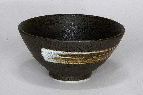 黒斑点白刷毛平成茶碗