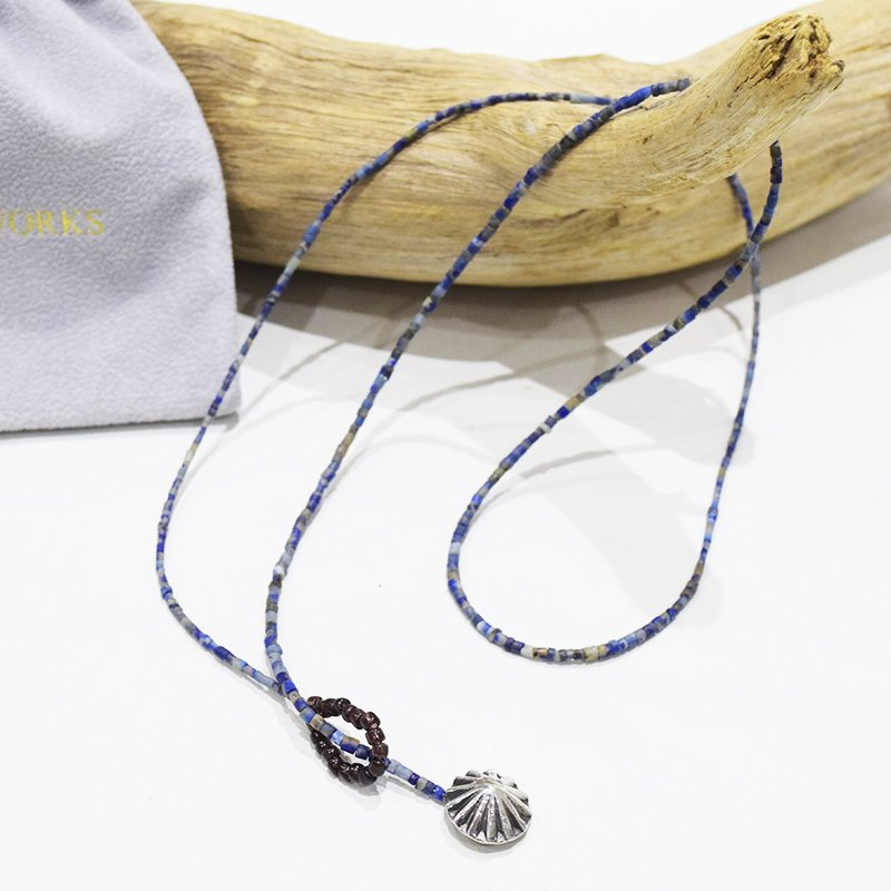 <img class='new_mark_img1' src='//img.shop-pro.jp/img/new/icons3.gif' style='border:none;display:inline;margin:0px;padding:0px;width:auto;' />NORTH WORKS<br>Indigo Dyed Shell necklace