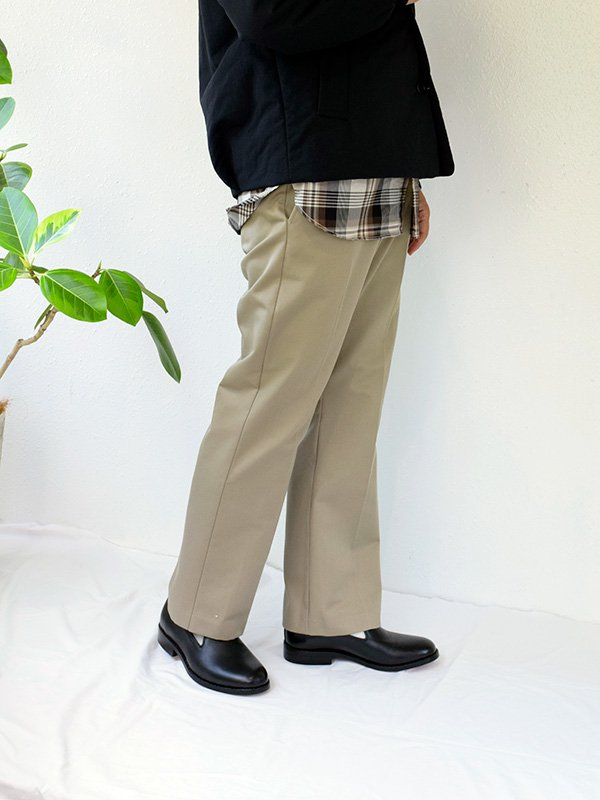 <img class='new_mark_img1' src='https://img.shop-pro.jp/img/new/icons3.gif' style='border:none;display:inline;margin:0px;padding:0px;width:auto;' />KICS DOCUMENT.<br>BOOTCUT PANTS 【BEIGE/BLACK】