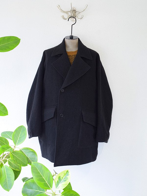 <img class='new_mark_img1' src='https://img.shop-pro.jp/img/new/icons47.gif' style='border:none;display:inline;margin:0px;padding:0px;width:auto;' />STILL BY HAND<br> P COAT  【SOLD OUT】