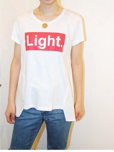 プリーツTシャツ