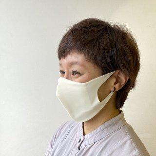 スイムウェアブランドが作る、何度も洗える立体マスク【日本製】