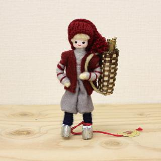 アンネ・ベアテ・ドールズ ニッセ人形 (Manor DollsThe wood chopper 2014)/Anne Beate Dolls