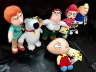 <img class='new_mark_img1' src='https://img.shop-pro.jp/img/new/icons1.gif' style='border:none;display:inline;margin:0px;padding:0px;width:auto;' />【僅か在庫あり】ファミリーガイ人形セット Family Guy Plush Doll Set アメリカ直輸入 正規品激レア ステューウィー ピーター・グリフィン ブライアン