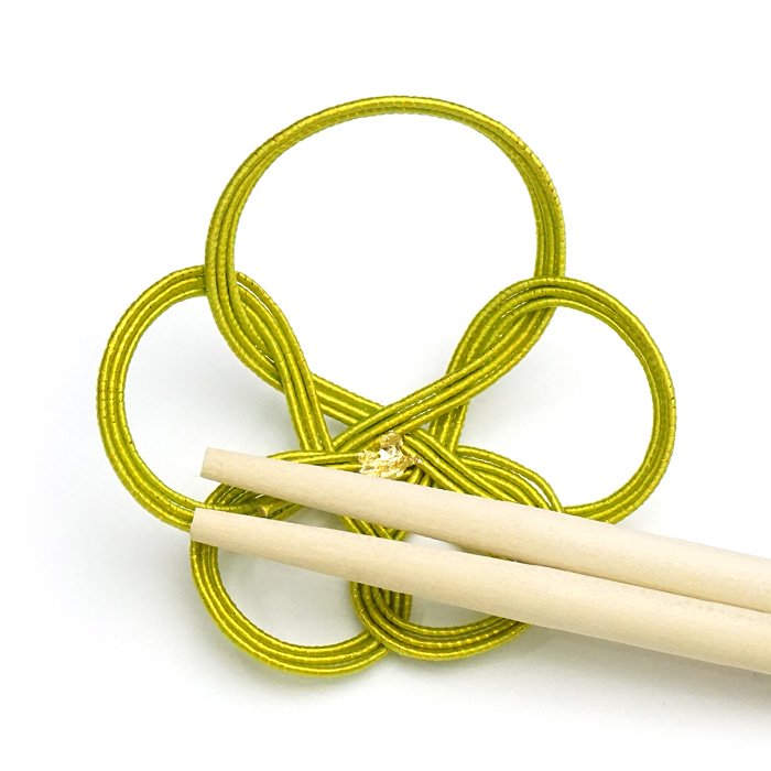 ko0250一輪梅の水引箸置き イエローグリーン