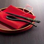 ノベルティ・粗品で人気の「和装卓上・塗箸&スプーンセット 1個」