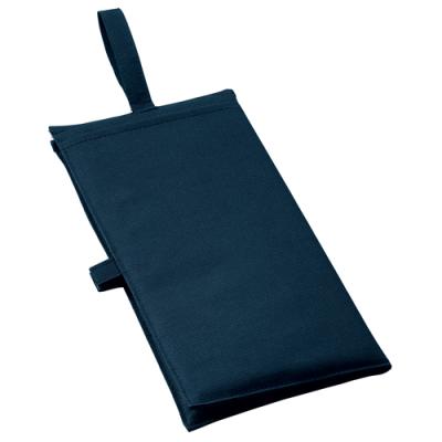 ノベルティ・粗品で人気の「バッグにもなるシートクッション ネイビーブルー」