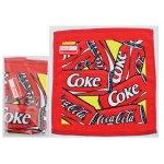 ノベルティ・粗品で人気の「コカ・コーラ カン ウオッシュタオル(ポケット付透明袋入)」