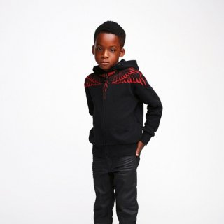 <img class='new_mark_img1' src='https://img.shop-pro.jp/img/new/icons1.gif' style='border:none;display:inline;margin:0px;padding:0px;width:auto;' />2016春夏  Marcelo burlon Kids(マルセロバーロン キッズ)RED WINGS  zip upパーカー/ブラック