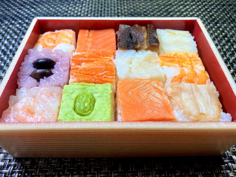 【色彩みやび】10種12個の雅寿司 お祝い事や!パーティ、お誕生日などにお勧めです!
