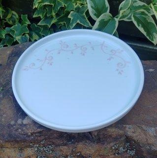 18cmプレート 「草文柄」 ピンクイッチン