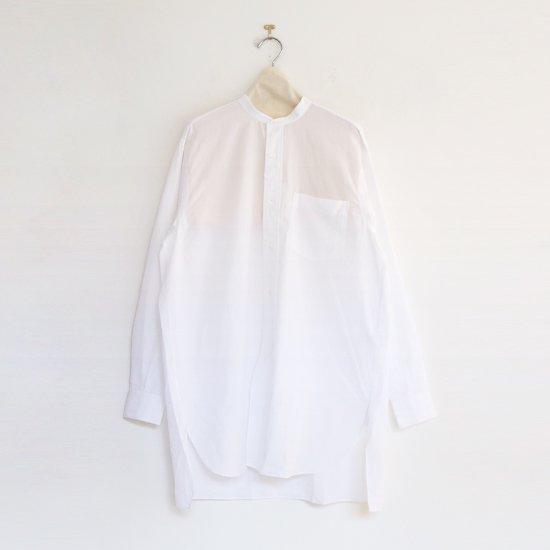 <img class='new_mark_img1' src='https://img.shop-pro.jp/img/new/icons3.gif' style='border:none;display:inline;margin:0px;padding:0px;width:auto;' />Comoli | バンドカラーシャツ White | F035211TS141