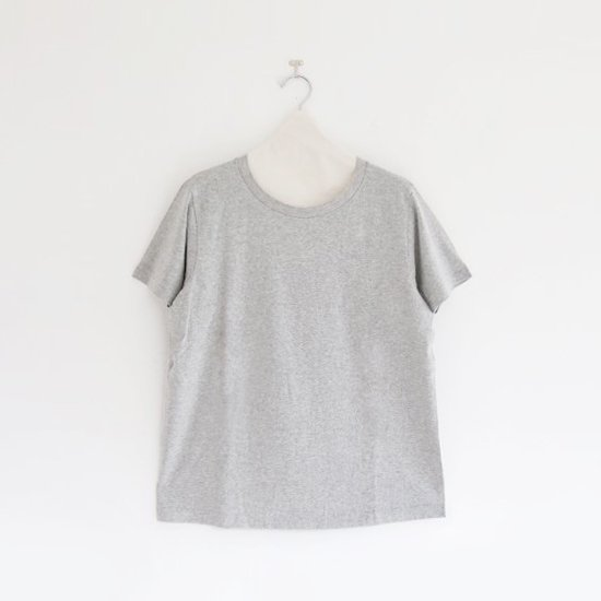 Yaeca | レディースUネックTシャツ Grey | F052181TT048