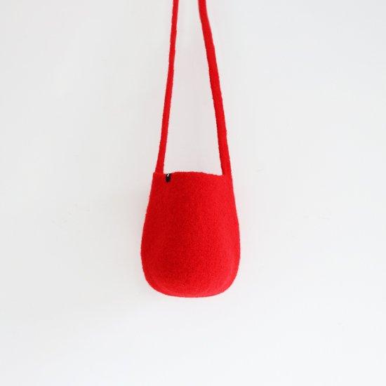 Cecilie Telle | ウールフェルトハーフポッドバッグ Red | D109202BB006