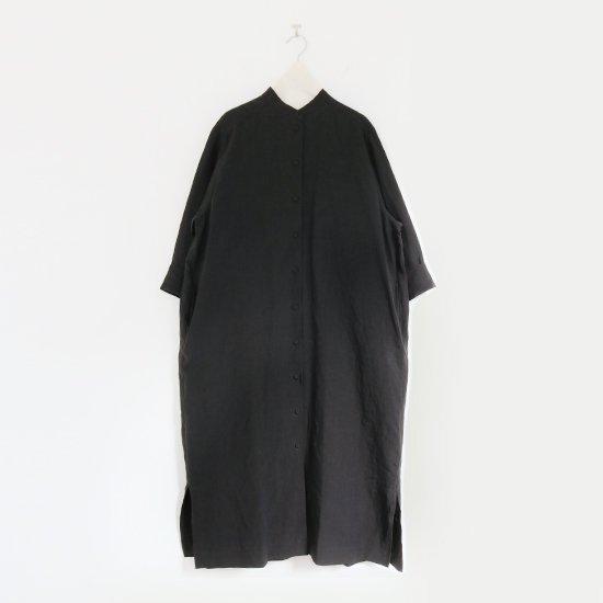 Atelier d'antan | リネンスタンドカラーワンピース〈 Flamm 〉Black | A232211TD495