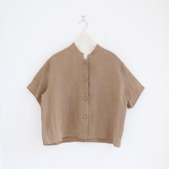 <img class='new_mark_img1' src='https://img.shop-pro.jp/img/new/icons3.gif' style='border:none;display:inline;margin:0px;padding:0px;width:auto;' />Atelier d'antan | リネンスタンドカラーシャツ〈 Drake 〉Khaki | A232201TS400