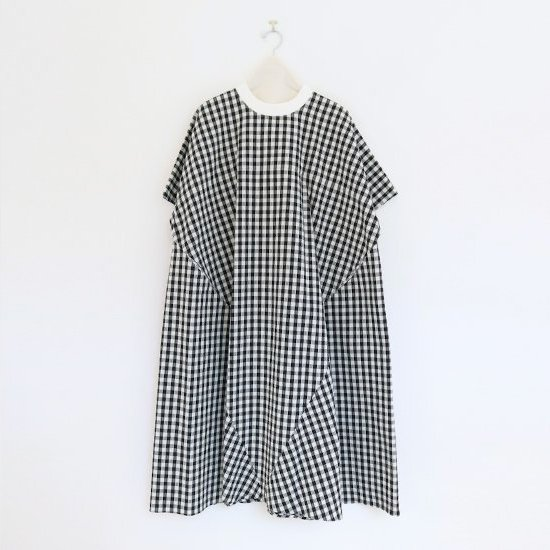 Atelier d'antan | シアサッカーワンピース 〈 Taafee 〉Black x White Check | A232201TD414