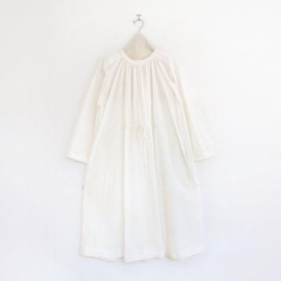 Aodress   ファーマードレス White   D115211TD011