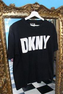 DKNY JEANS LOGO T-SHIRT(DKNY Tシャツ)
