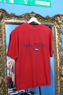<img class='new_mark_img1' src='https://img.shop-pro.jp/img/new/icons38.gif' style='border:none;display:inline;margin:0px;padding:0px;width:auto;' />NAUTICA 83 FLAG T-SHIRT(ノーティカ 83 Tシャツ)