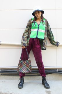 <img class='new_mark_img1' src='https://img.shop-pro.jp/img/new/icons20.gif' style='border:none;display:inline;margin:0px;padding:0px;width:auto;' />LADIES VELOR PANTS(ベロア パンツ)