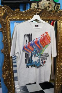 <img class='new_mark_img1' src='https://img.shop-pro.jp/img/new/icons38.gif' style='border:none;display:inline;margin:0px;padding:0px;width:auto;' />LE COQ SPORTIF INTERNATIONAL T-SHIRT(ルコック Tシャツ)