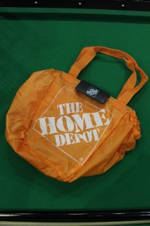 <img class='new_mark_img1' src='https://img.shop-pro.jp/img/new/icons38.gif' style='border:none;display:inline;margin:0px;padding:0px;width:auto;' />THE HOME DEPOT NYLON TOTE BAG(ザ・ホーム・デポ ナイロン トートバッグ)