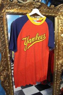 MLB NEW YORK YANKEES RAGLAN T-SHIRT(ニューヨーク ヤンキース ラグラン Tシャツ)