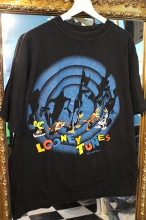 <img class='new_mark_img1' src='https://img.shop-pro.jp/img/new/icons20.gif' style='border:none;display:inline;margin:0px;padding:0px;width:auto;' />90's LOONEY TUNES T-SHIRT(