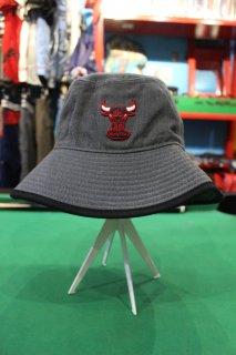 CHICAGO BULLS ACRYLIC BUCKET HAT(シカゴ・ブルズ アクリル バケット ハット)