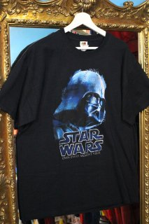 <img class='new_mark_img1' src='https://img.shop-pro.jp/img/new/icons20.gif' style='border:none;display:inline;margin:0px;padding:0px;width:auto;' />STAR WARS DARTH VADER T-SHIRT(ダース・ベイダー卿 Tシャツ)