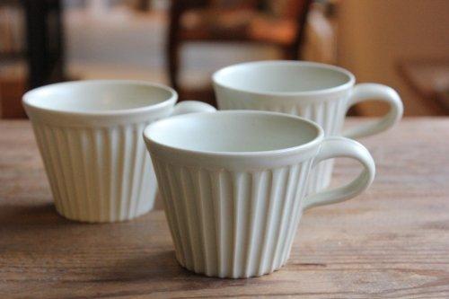 ■亀田大介:白磁鎬コーヒーカップ