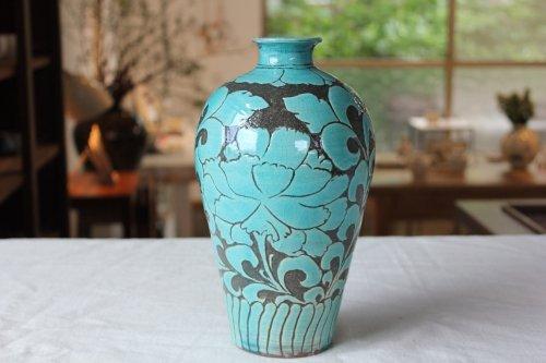 ■藤田佳三:トルコ釉掻き落し花器
