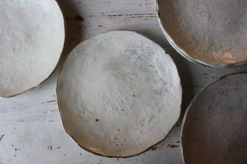 ■花岡隆:粉引石目タタラ7寸皿