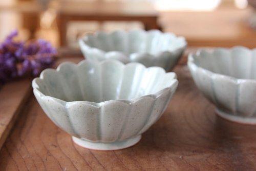 ■高島大樹:緑滴釉輪花深小鉢