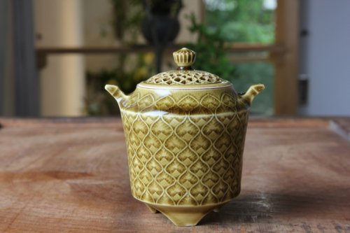 ■増渕篤宥:黄釉釉象嵌香炉