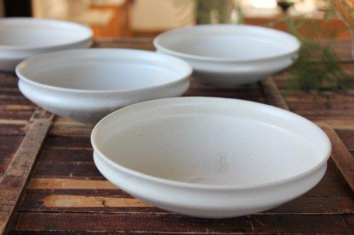 ■荒賀文成:磁器5寸馬たらい皿