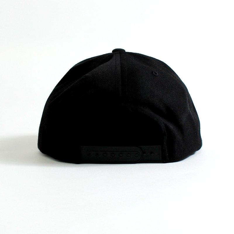 BASIC LOGO CAP [BLACK]