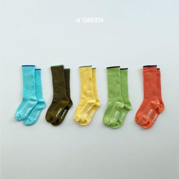 <img class='new_mark_img1' src='https://img.shop-pro.jp/img/new/icons8.gif' style='border:none;display:inline;margin:0px;padding:0px;width:auto;' />digreen ディグリーン pantone socks 5色セットソックス