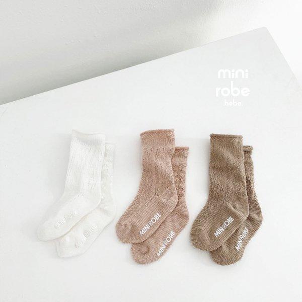<img class='new_mark_img1' src='https://img.shop-pro.jp/img/new/icons8.gif' style='border:none;display:inline;margin:0px;padding:0px;width:auto;' />minirobe ミニローブ flora socks 靴下